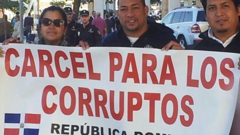 Iglesia Católica: Corrupción es cáncer ha permitido riquezas a políticos yfuncionarios