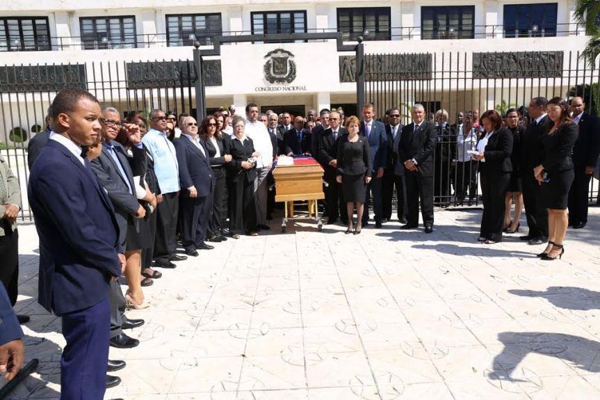 Diputados rinden honores a exlegislador FrancoBadía