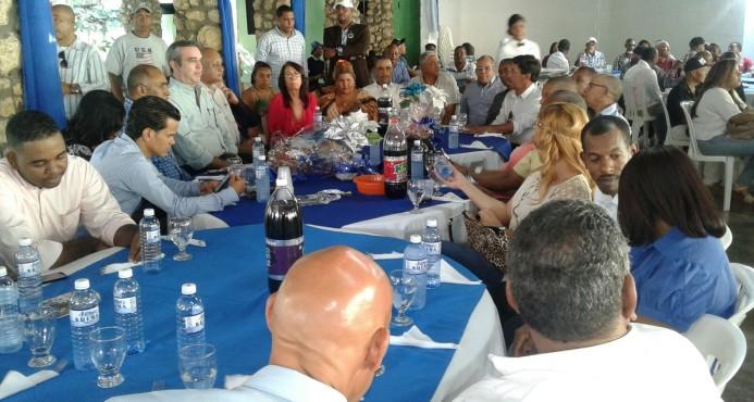 Luis Abinader pide al gobierno cancelar contrato de venta de terrenos en Los TresBrazos