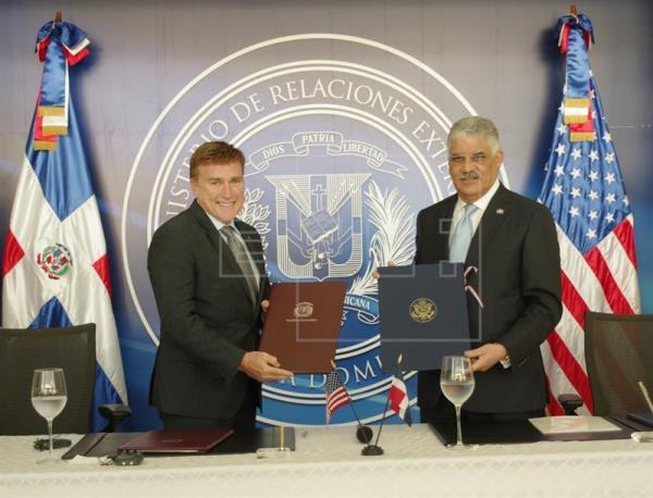 República Dominicana y Estados Unidos oficializan tratado deextradición