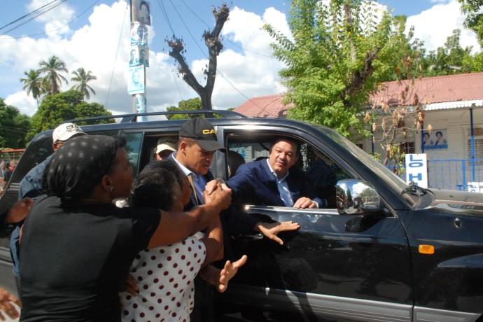 Leonel y el PLD entregarán 100 mil canastasnavideñas