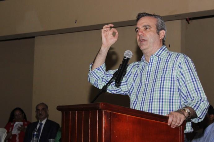 Abinader propone abogados independientes investiguen sobornos de Odebrecht en elpaís