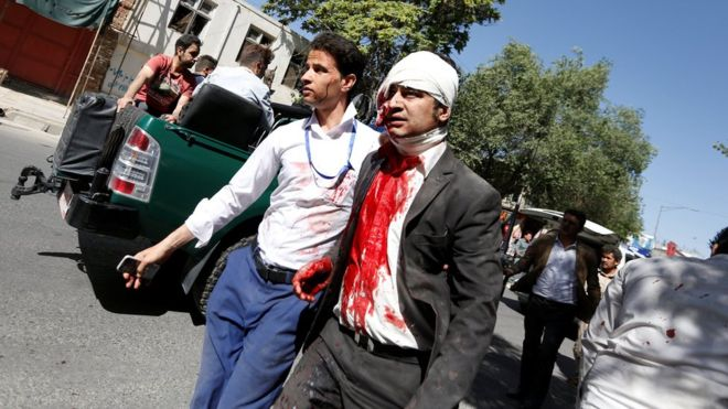 Afganistán: al menos 80 muertos y 350 heridos tras un ataque con coche bomba en el distrito diplomático deKabul