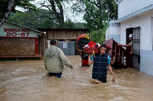 Más de 3.600 personas siguen desplazadas en República Dominicana a causa delhuracán