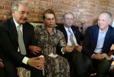 Danilo Medina se traslada a dajabon para velatorio del esposo de senadora SoniaMateo
