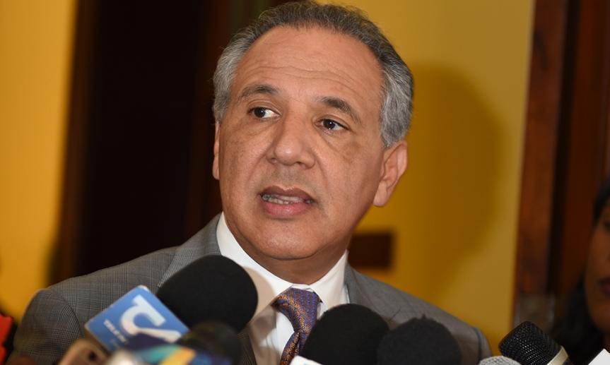 """Ministro Peralta: """"Propuesta de reservas de candidaturas es antidemocrática"""""""