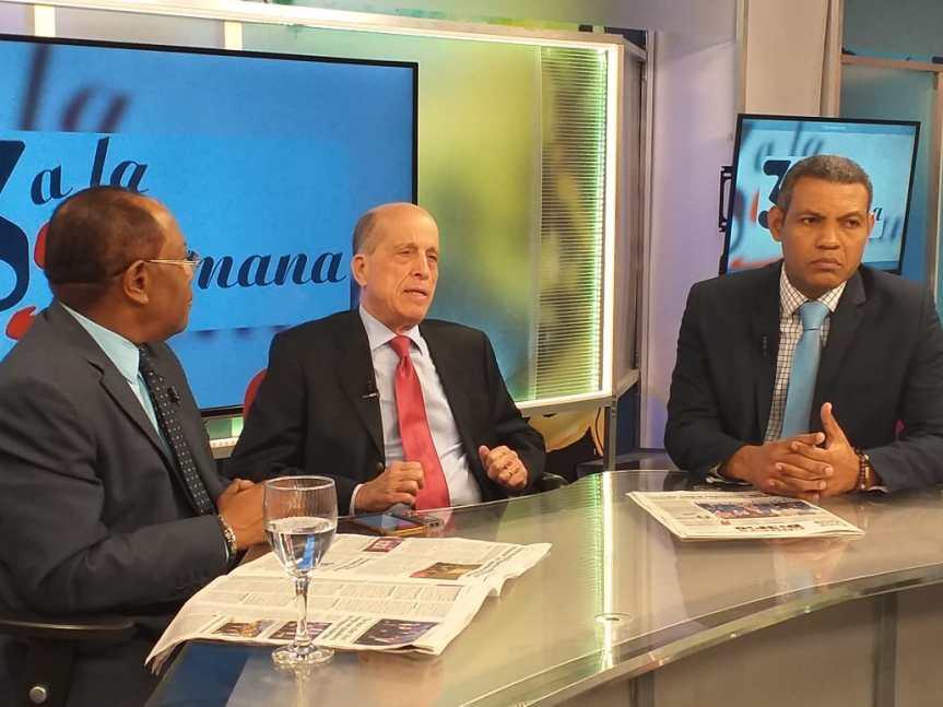 Max Puig dice que la reelección es un culto a la personalidad del presidente DaniloMedina