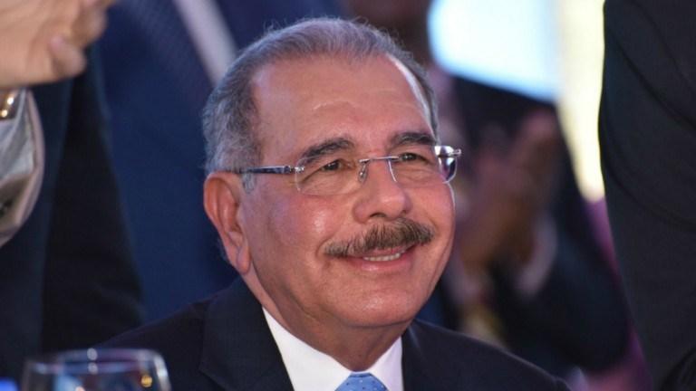 El Presidente Danilo Medina felicita a las Madres, a celebrarse este Domingo 26 deMayo