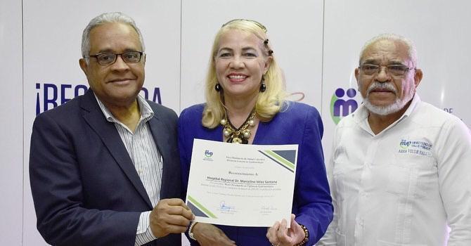 Reconocen el hospital Marcelino Vélez Santana por segunda vez en menos de tresmeses