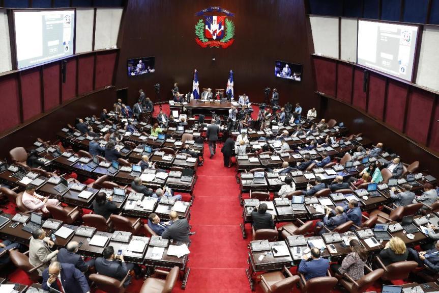 Cámara de Diputados exigen se cumpla ley obligaría lectura de la Biblia en escuelas ycolegios