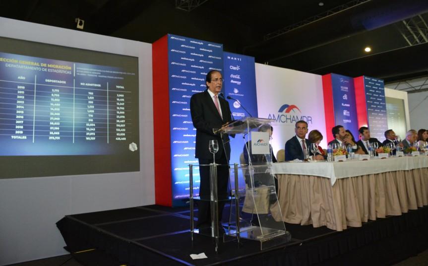 Ministro de la Presidencia, Gustavo Montalvo, destaca alto crecimiento económico y estabilidad política en elpaís
