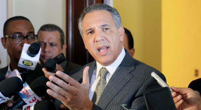 Ministro Peralta sobre la reelección: considero esperar a que el Presidentehable