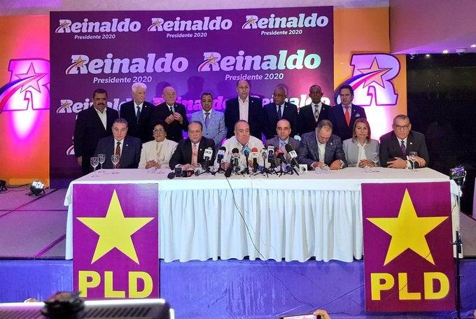 Pared Pérez recibe el respaldo de 15 senadores delPLD