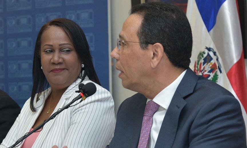 Ministro de Educación está en disposición de dialogar con laADP