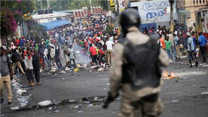 Miles de manifestantes en Haití marchan hacia la residencia delpresidente