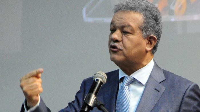 Leonel Fernández solicita a la JCE conteo del 50 % de los votos para elecciones del seis deoctubre