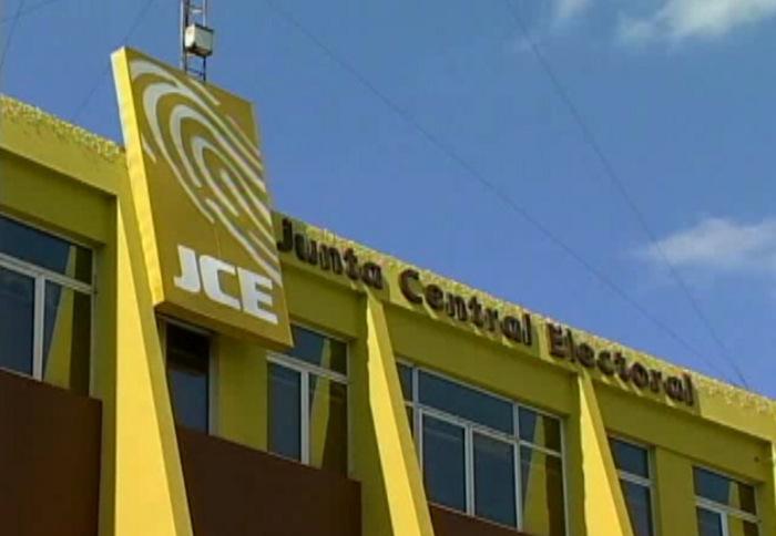 Cuota de género es aprobada por la JCE para elecciones del2020