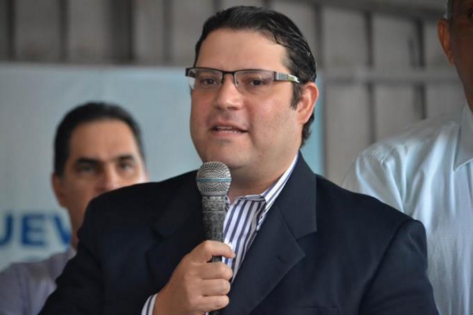 Lovatón negó que en sus oficinas se reunieran para acordar una alianza entre el PRM yLeonel