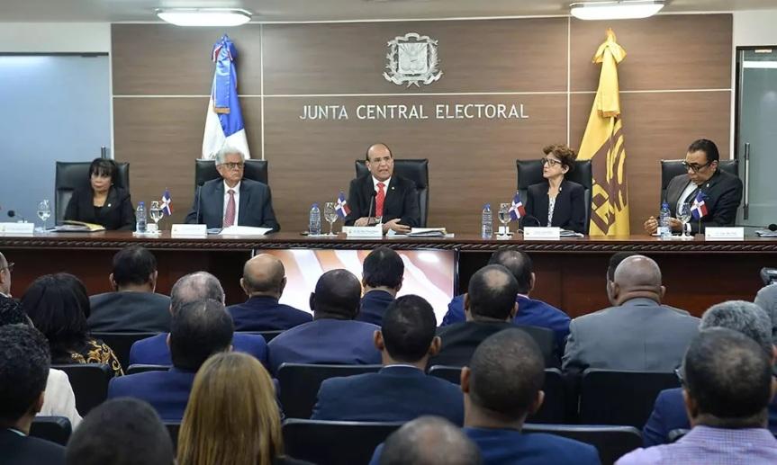JCE aprueba conteo manual y voto automatizado para eleccionesmunicipales