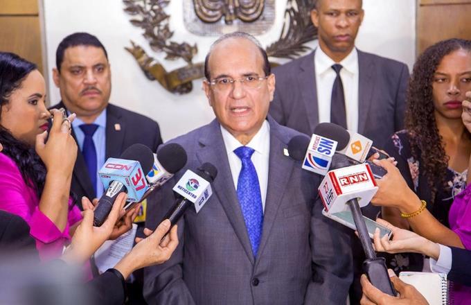 JCE decidirá el jueves si elecciones 2020 serán con votoautomatizado