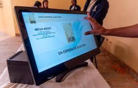 La JCE decidirá hoy si utiliza o no el voto automatizado en las elecciones2020