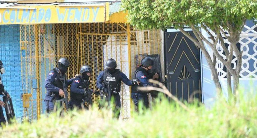 Muere secuestrador que retenía a 4 personas y mató aSwat