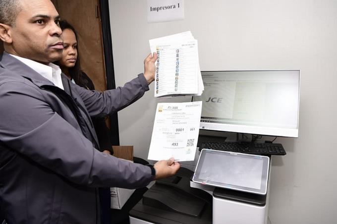 JCE inicia impresión de padrón electoral que cuenta con más de siete millones deelectores