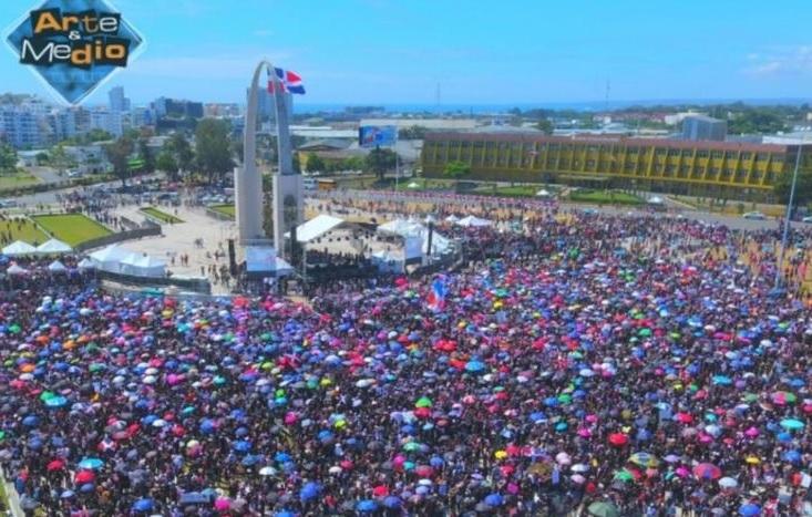 Miles de manifestantes exigen próximas elecciones de RD seantransparentes