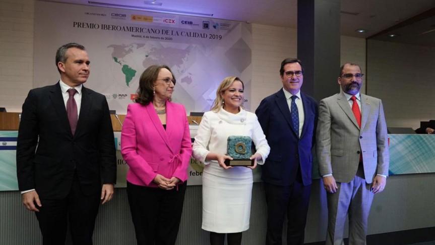 Hospital Pediátrico Dr. Hugo Mendoza gana oro en Premio Iberoamericano de la Calidad, enEspaña