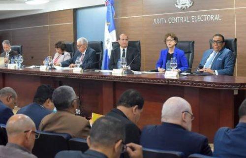 JCE ordena retirada de propaganda para las eleccionespresidenciales