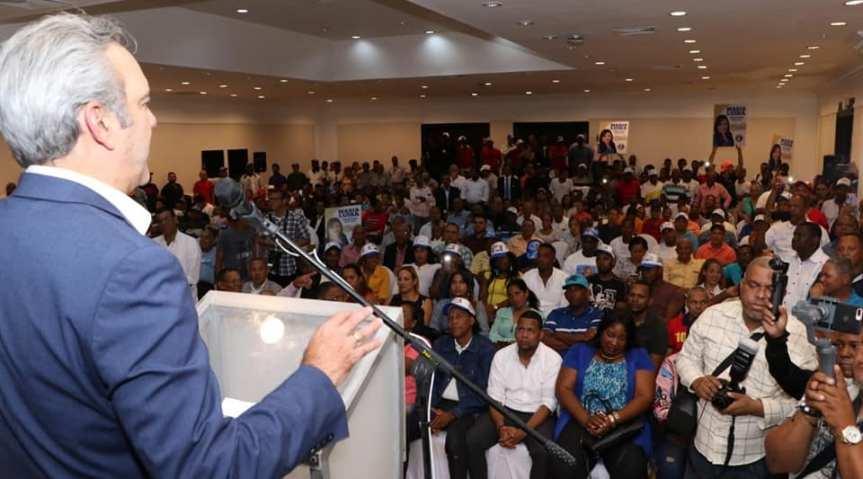 Abinader juramenta dirección municipal del PRD en Santo Domingo Oeste; dice consolidan triunfo de José Andújar a laalcaldía
