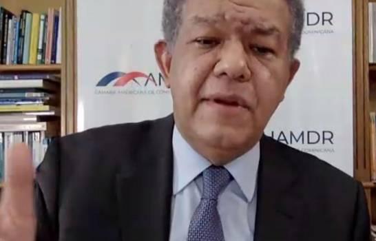 Leonel Fernández plantea la creación de un corredor tecnológico enRD