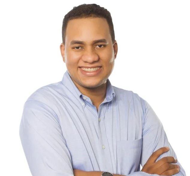 El Regidor de la juventud Michael Matos donará su primer sueldo a familias pobres deSDO