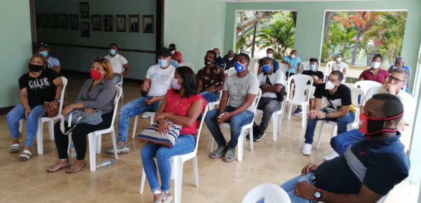 Comando Nacional de Deportes continua juramentando dirigentes en apoyo a LuisAbinader