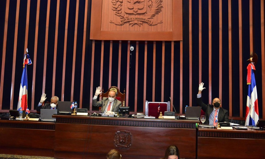 Senado aprueba extensión estado de emergencia por 17días