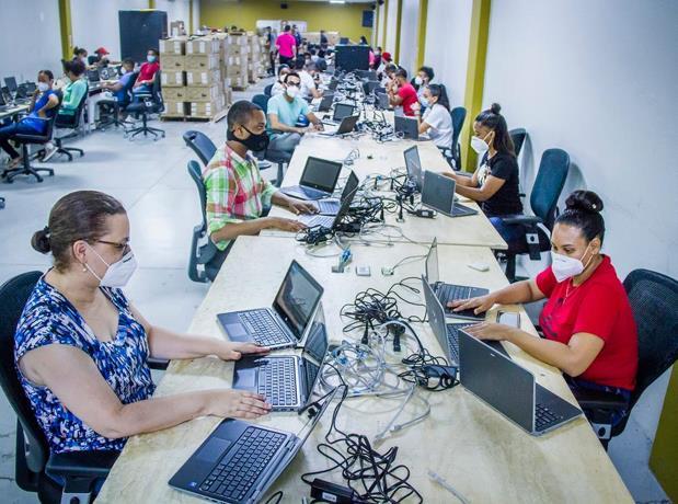 JCE donará 9 mil laptops al Minerd para inicio de clasesvirtuales