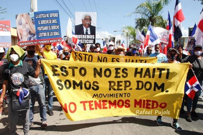 Marchan en Mao para que expulsen haitianosilegales