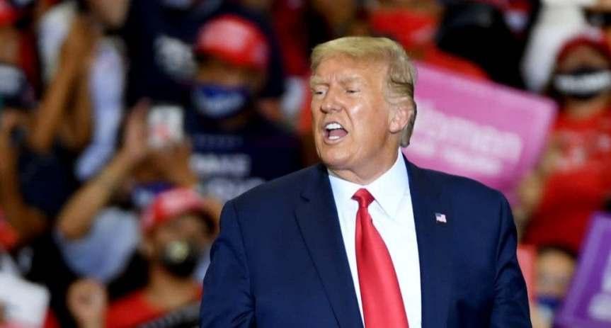 """Trump amenaza a Irán con un ataque """"mil veces"""" mayor si agrede aEEUU"""