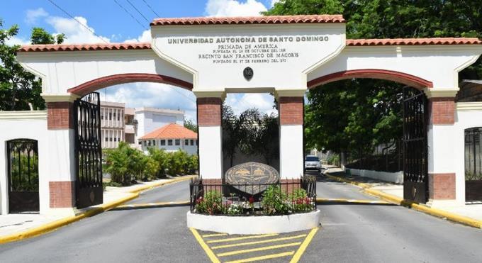 UASD garantiza secciones para todos susestudiantes