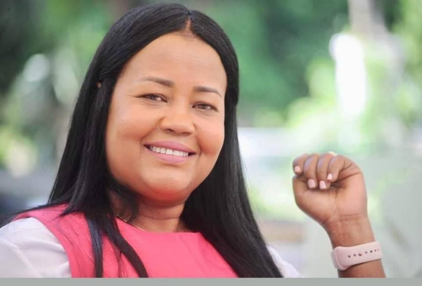 Scarlet Benzán, es designada secretaria general del Consejo Nacional de GestiónPresidencial.