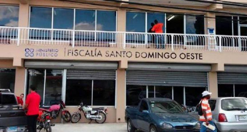 Solicitarán prisión contra hombre que agredió a fiscales y destruyó oficinas en LosAlcarrizos