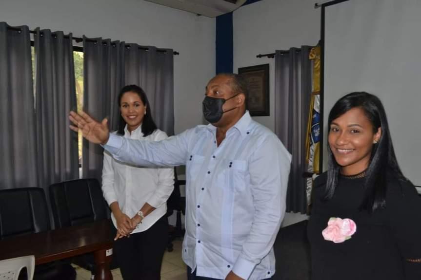Alcaldía SDO orienta a las mujeres acerca de la prevención contra elcáncer