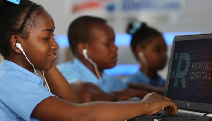 RD inicia hoy el año escolar 2020-2021 bajo la nueva modalidad por radio ytelevisión