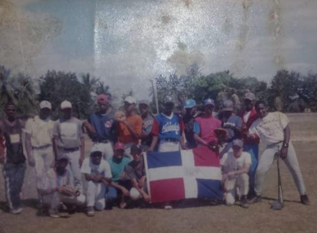 'Henry Gil' pilar del Béisbol en Santo DomingoOeste