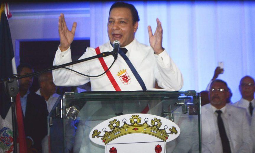 Auditoría revela irregularidades en primera gestión alcalde Abel Martínez enSantiago