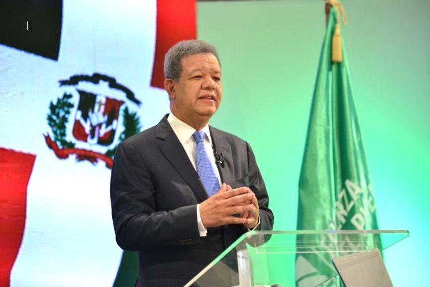 Leonel Fernández afirma está disponible para pacto nacional que propusoAbinader