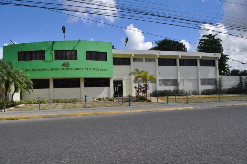 OMSA aclara autobús involucrado en accidente KM 9 de la Duarte estabaestacionado