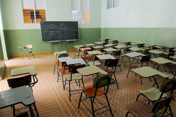 Estudiantes podrán asistir a la escuela con ropa regular en modalidadsemipresencial
