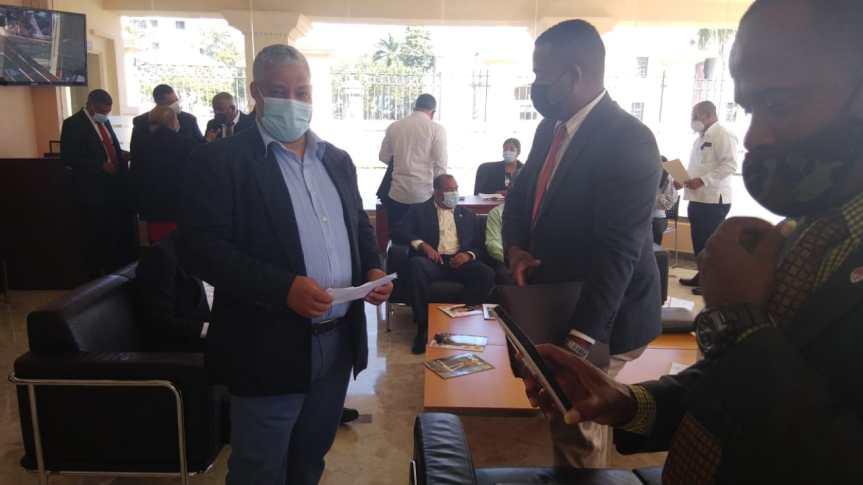 Presidente Abinader asegura solución a juntas de vecinos de SDO sin importar militanciapartidaria