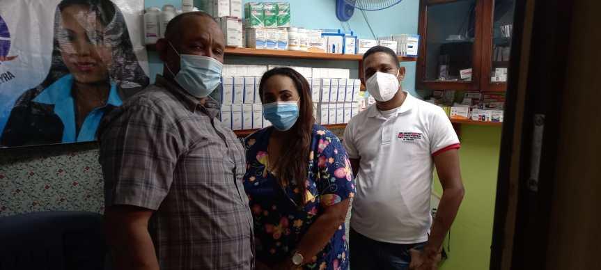 Raymundo Lebrón junto a la Fundación Dra. Carmen Pereyra canaliza ayuda para socorrer envejeciente necesitado de silla deruedas